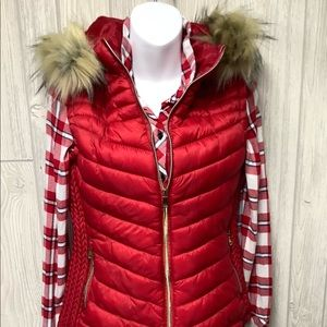 Special One Hooded Puffer Vest Size M